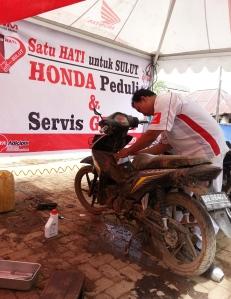 Honda-Peduli-Korban-Banjir-05