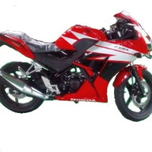 wpid-cbr-150-lokal-all-new-cbr150r-2014-indonesia1