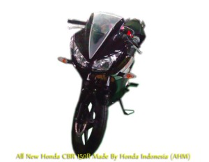 CBR150R-indonesia-black2
