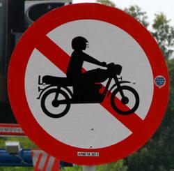 motor dilarang masuk