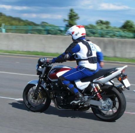 Safety Riding Jepang (2)