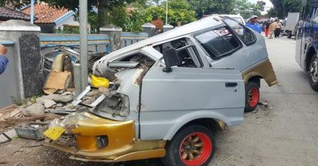 kecelakaan truk bangbayang canjur