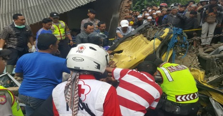 kecelakaan truk bangbayang cianjur