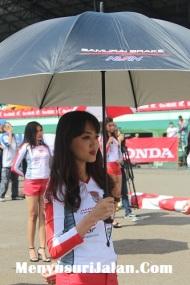 Umbrella Girl Honda Dream Cup (18)