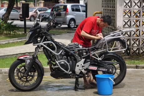 Whell Story 4 cuci motor