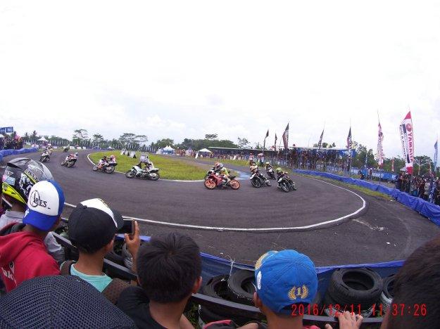 yamaha-cup-race