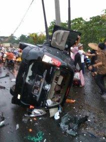 Kecelakaan Beruntun Puncak8