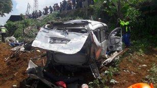 Kecelakaan Maut Puncak Pas Rumah Makan Aki7