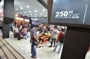 Booth Honda Jakarta Fair