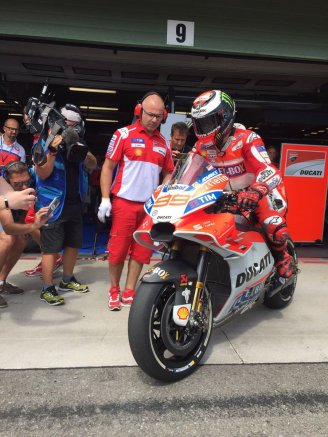 fairing Baru Ducati Lorenzo