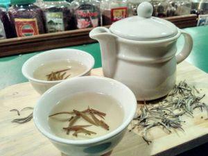 teh putih Kue Balok Mang Salam jatinangor