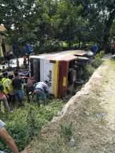 Bus Widia kecelakaan di Cijambe Subang (4)