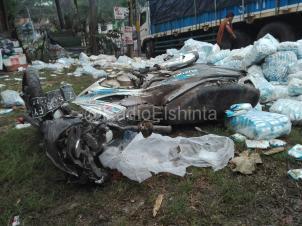 Kecelakaan Nagreg Truk Muatan Garam Satria FU (8)