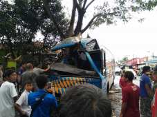 Kecelakaan Bus Doa Ibu Ciamis (3)