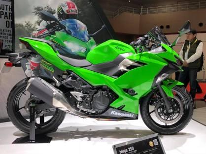 ninja-250-2018-6