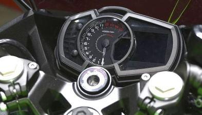 speedometer-Ninja-250 2018