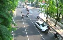 Kecelakaan Jl Darmo Surabaya, Outlander seruduk motor