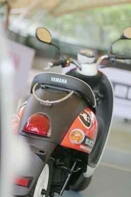 Sepeda Motor Listrik Yamaha (16)
