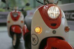 Sepeda Motor Listrik Yamaha (23)