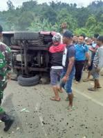 kecelakaan tabrakan beruntun tulungagung 1 januari 2018 (6)