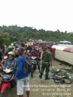 kecelakaan tabrakan beruntun tulungagung 1 januari 2018 (7)