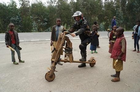 Wheel Story season 5 Mario Iroth afrika rwanda