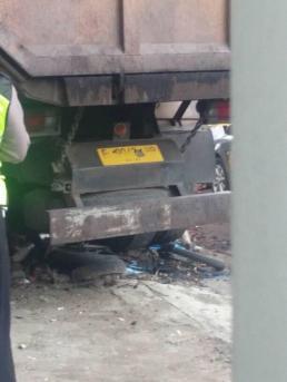 Kecelakaan Kamasan Banjaran 15 Maret 2018 dump truk karambol (6)