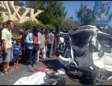 Kecelakaan Beruntun bus pariwisata bali gwk 13 april 2018 (3)
