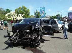 Kecelakaan Beruntun bus pariwisata bali gwk 13 april 2018 (4)