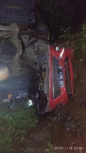 kecelakaan gentong 19 januari 2019 agya truk