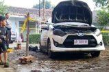 Mobil Toyota Agya Dibakar Pekalongan