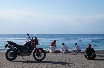 Mario Iroth Lilis Handayani Charity To Flores Bali (8)